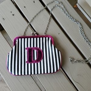 Vintage- style initial purse